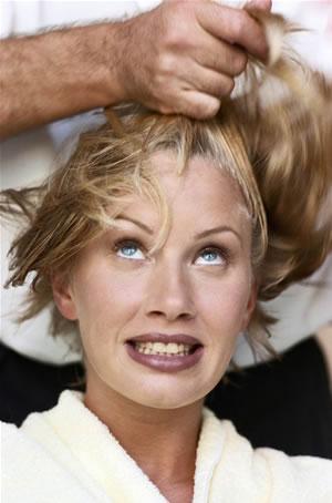 טיפים כיצד לשמור ואף לטפח את השיער מנזקי השמש של הקיץ