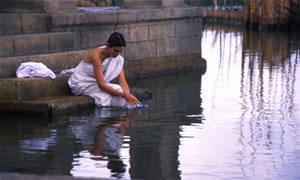 בקורת סרט: מים