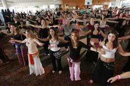 הכנס הבינלאומי השנתי של רקדניות הבטן פסטיבל אילת הבינלאומי השלישי למחול מזרחי  שלושה ימים של קרנבל צבעוני וסוחף