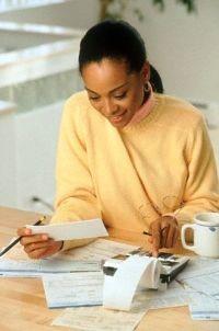75% מהנשים בישראל מעידות כי עוסקות בעריכת חשבונות!