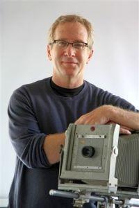ראיון עם בוב ריצ'מן, במאי הסרט התיעודי המעניין,