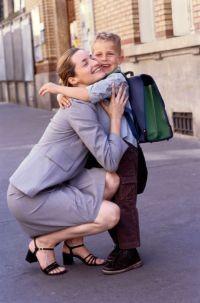 אימהות עובדות בריאות יותר ומאושרות יותר מאימהות שנשארות בבית