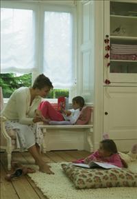 כיצד בוחרים וילון בטיחותי לחדרי ילדים
