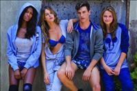 דלתא משיקה קולקציית דנים (ג'ינס) בהלבשה תחתונה והלבשת פנאי לחורף 2011.2012