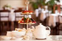 הנך מוזמנת למסיבת תה  High tea / Afternoon tea
