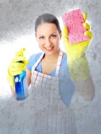 כיצד להישמר מפגיעת חומרי ניקוי מסוכנים?