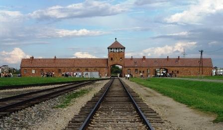 זוכרים! יום השואה הבינלאומי 27.1.2014