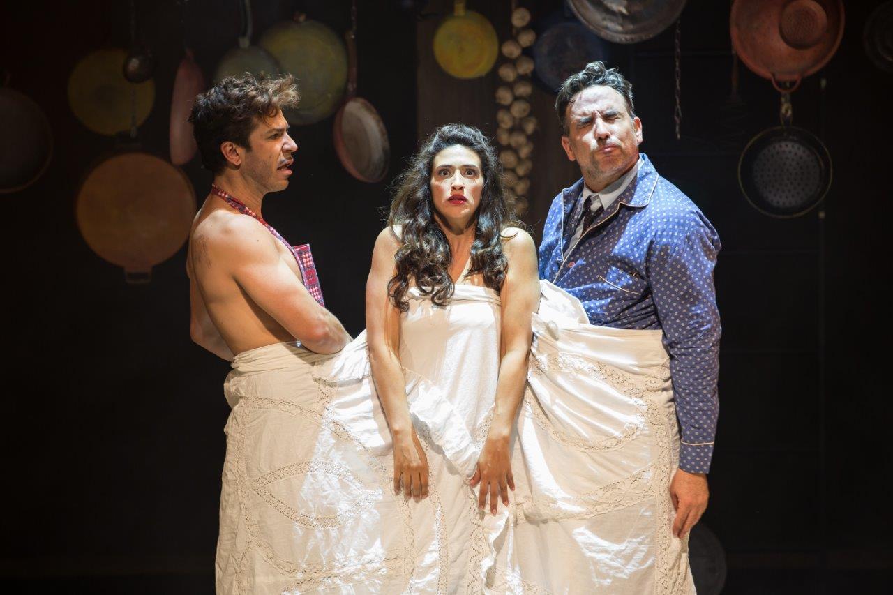 ההצגה 'דונה פלור נשואה לשניים' -  חגיגה בתיאטרון באר שבע