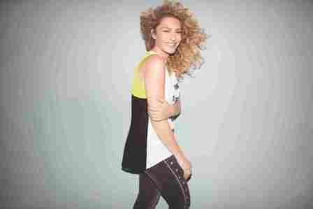 רשת האופנה לנשים ONOT משיקה קולקציית אביב-קיץ מפתיעה וצבעונית
