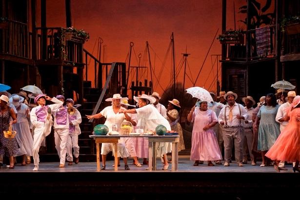 מניו-יורק להופעות בישראל - האופרה פורגי ובס