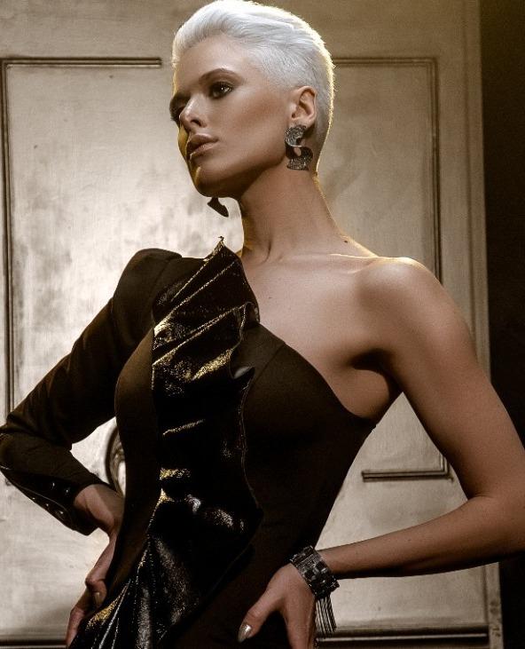 קולקציית קפסולה אופנתית ובועטת למותג האופנה PISTACHE