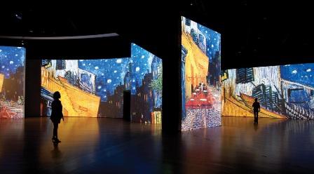 Van Gogh Alive - תערוכה העובדת על כל החושים