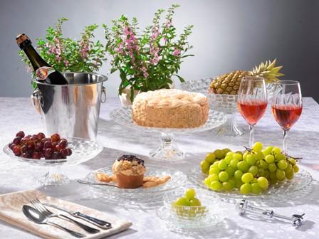 כך תעצבו את שולחן החג!