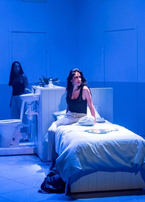 'אנשים, מקומות ודברים', דרמה פסיכולוגית בתיאטרון בית לסין