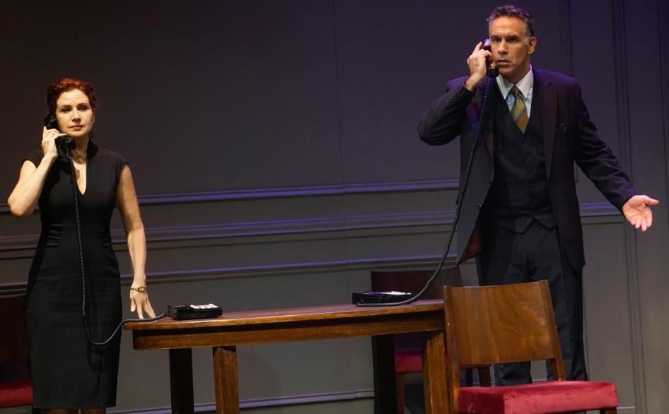 ההצגה 'אוסלו' - דרמה פוליטית מרתקת בתיאטרון בית לסין