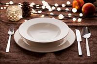 האם מנומס להשתמש בכלים חד פעמיים בחג?! התשובה ועוד 7 טיפים
