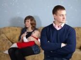 האישה תפסה את בעלה כשהוא מנסה להינשא לאחרת