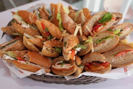 סנדוויץ' פקטורי - המסעדה עם ה'ביס' המושלם