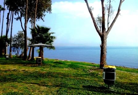 חוף חוקוק צפון - תחנת מנוחה ורענון למשתתפים במרוץ הר לעמק