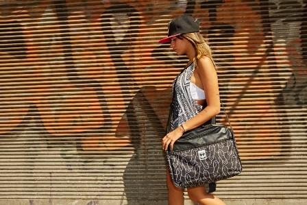 JIFFA   - אופנה מדליקה לצעירים ולצעירים ברוחם
