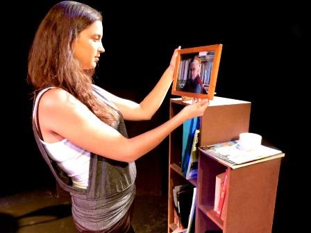 נשים מדברות נשים, באקדמיה לאמנויות המופע