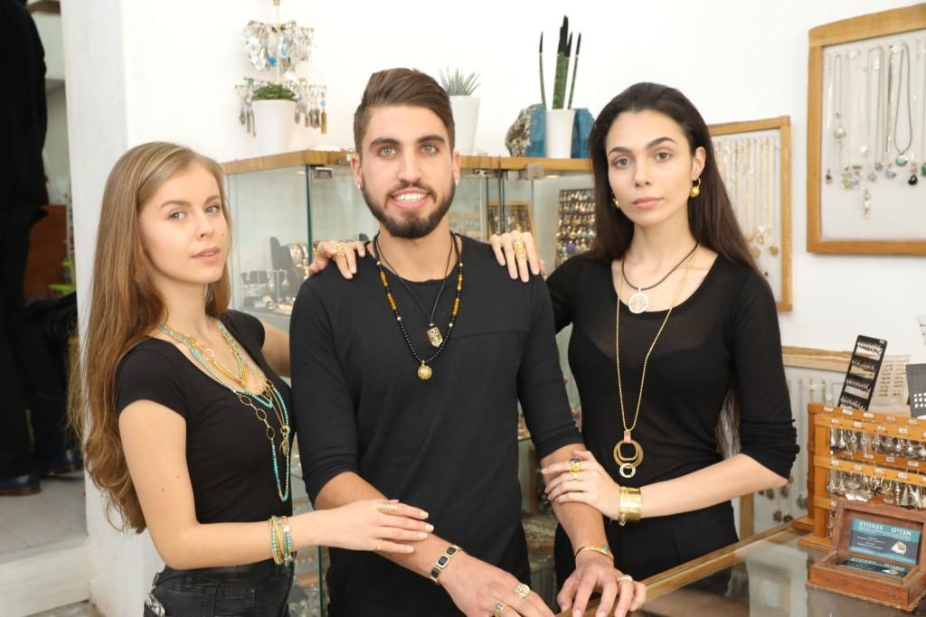'אבנים' - חנות מיוחדת לתכשיטים מחמיאים